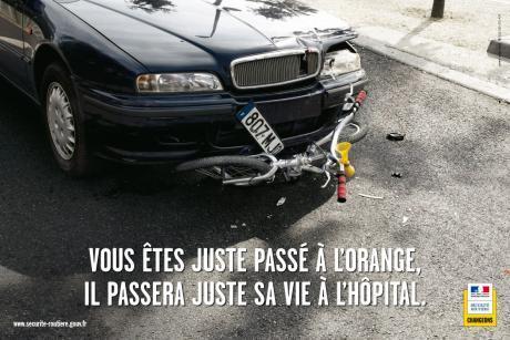 http://www.gralon.net/actualites/buzz/photos/video-securite-routiere---jeunes-alcool-et-volant-84.jpg