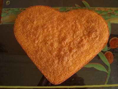 moule en silicone en forme de coeur et faites cuire le gâteau 25 à ...