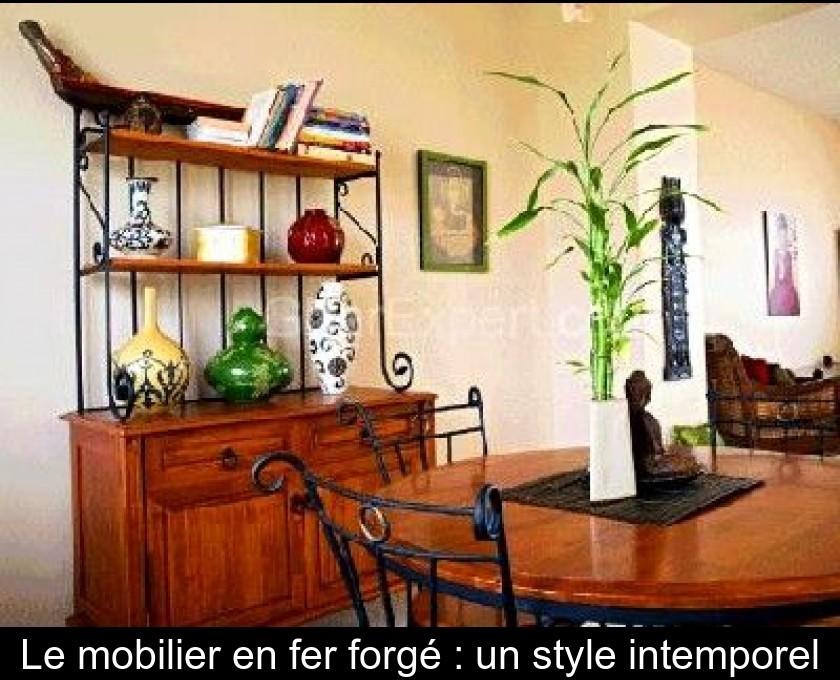 Le mobilier en fer forgé : un style intemporel