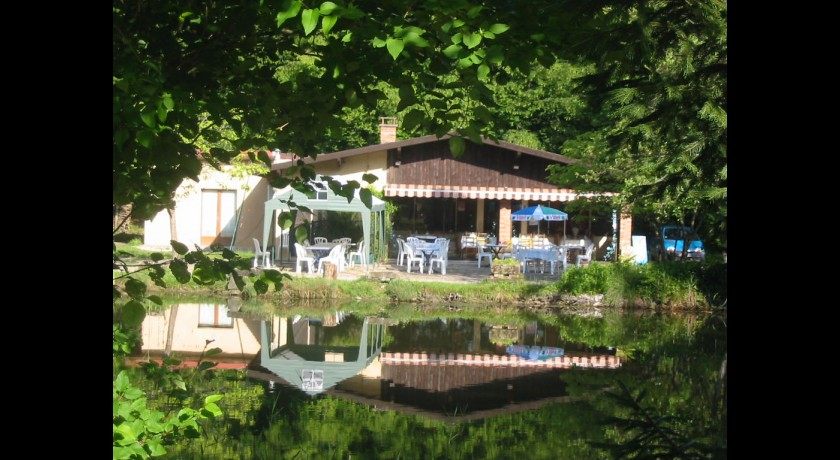 Camping Les Hierottes  They-sous-montfort
