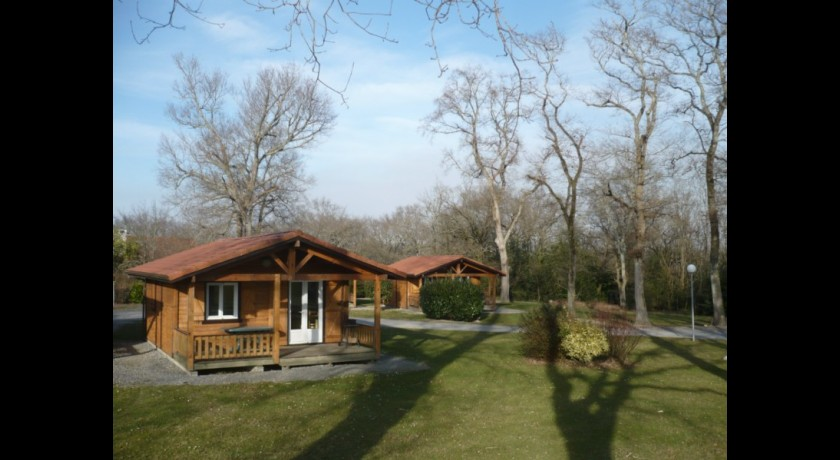 Camping Prl Les Chalets Oussia  Cambo-les-bains