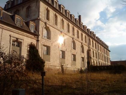 Tergiversations de la Ville d'Amiens sur la caserne Dejean : la vérité est ailleurs dans Divers d40ed1aa9a5011aa67d6d6a6455e23c8-2