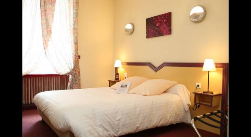 hotel a la 12 me borne delme. Black Bedroom Furniture Sets. Home Design Ideas