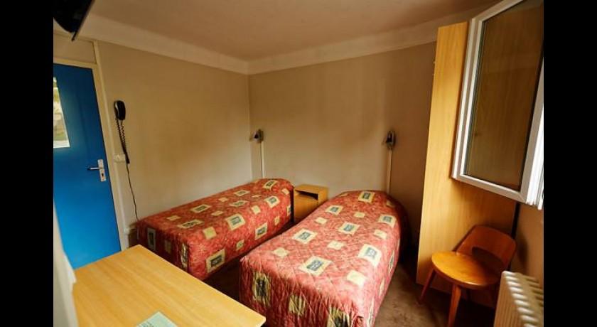 hotel de la cloche vitry le fran ois. Black Bedroom Furniture Sets. Home Design Ideas