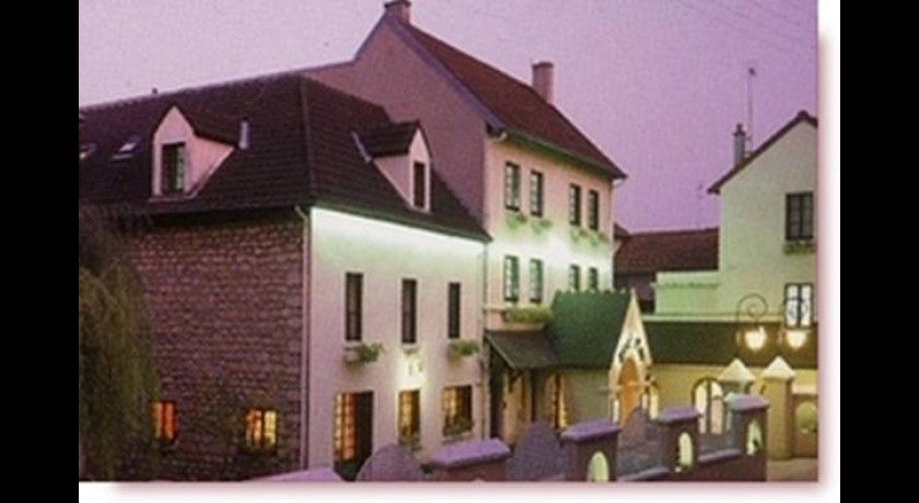 Hotel cit a cergy le hazay for Hotel week end