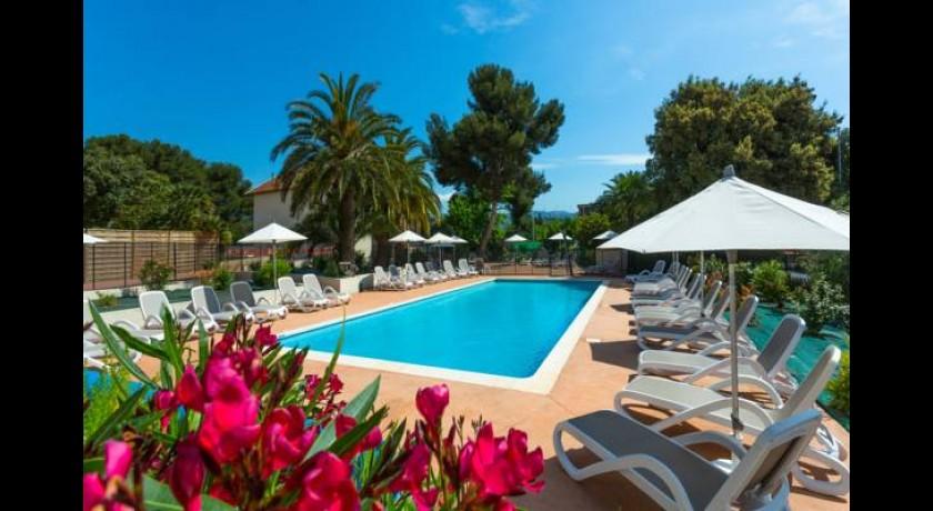 Hotel le synaya sanary sur mer for Best western soleil et jardin sanary