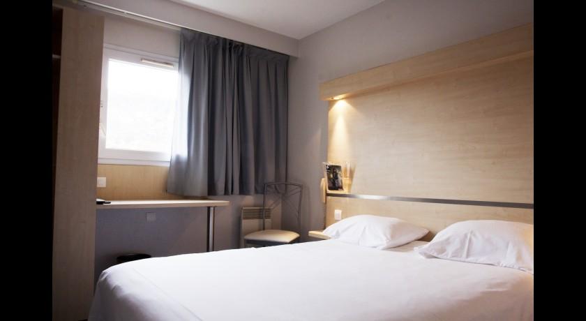 hotel brivas le puy en velay. Black Bedroom Furniture Sets. Home Design Ideas