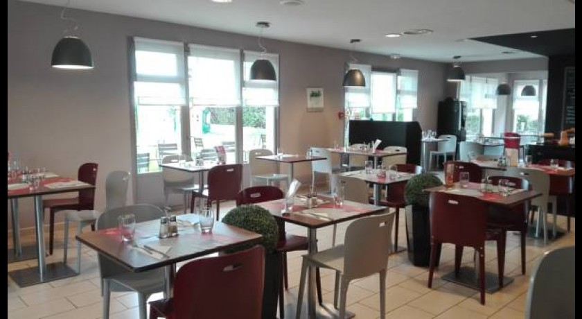 Hotel Campanile Clermont