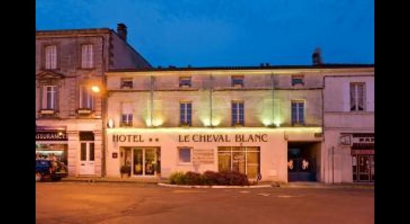 Hotel citotel le cheval blanc cognac for Hotel cognac