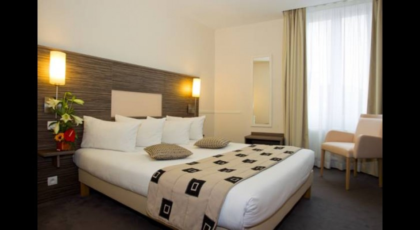 Hotel Continental**  Angers