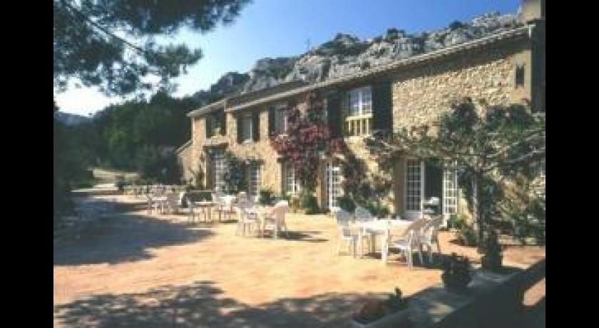 Hotel domaine de roquerousse salon de provence for Bb hotel salon de provence