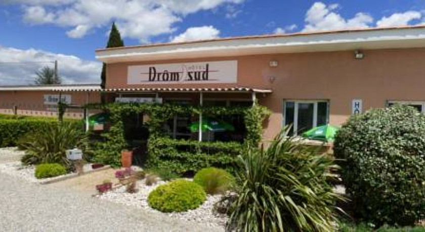 Drom 39 sud hotel donz re for Hotel design sud france