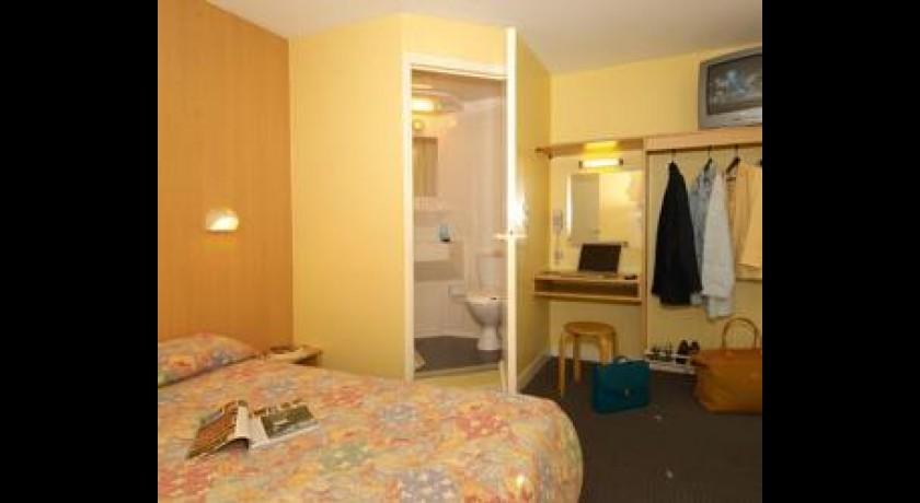hotelf1 dijon nord. Black Bedroom Furniture Sets. Home Design Ideas
