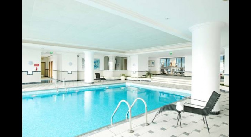 Hotel Hilton Paris Charles De Gaulle Airport  Tremblay-en-france