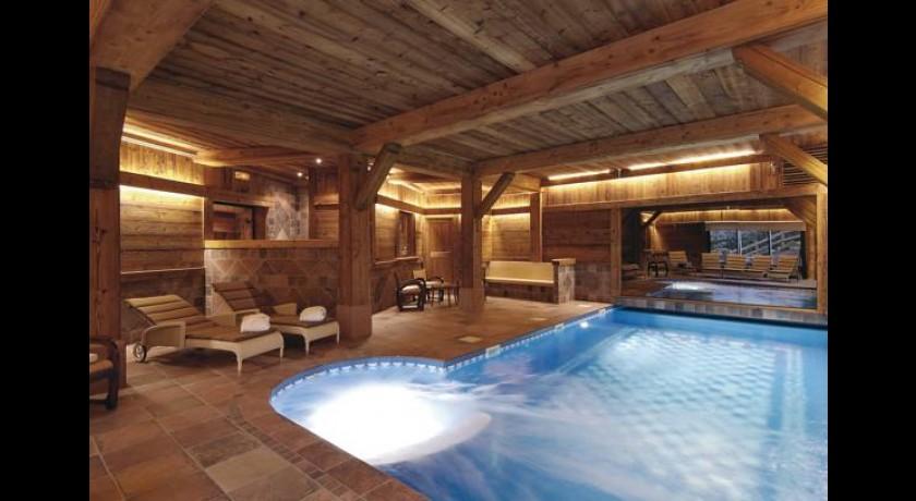 Hotel gerard d 39 alsace g rardmer for Hotel la bourboule avec piscine