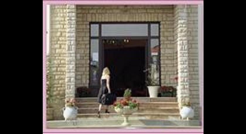 hotel bristol ch lons en champagne. Black Bedroom Furniture Sets. Home Design Ideas