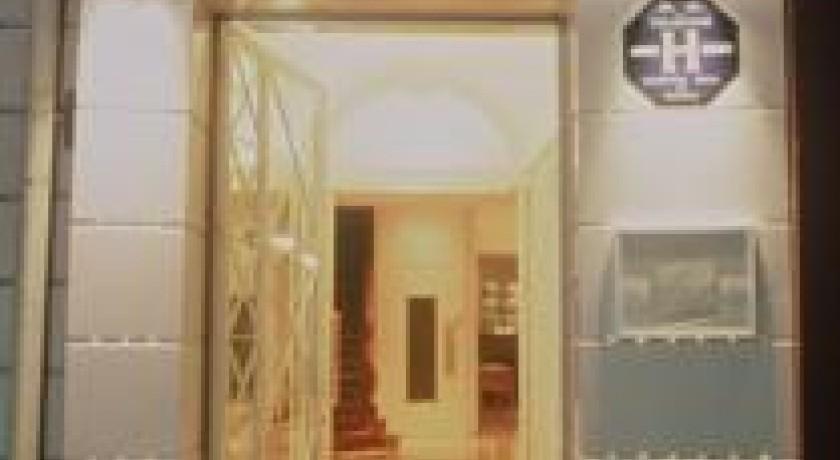 Hotel Croix Des Bretons Lourdes