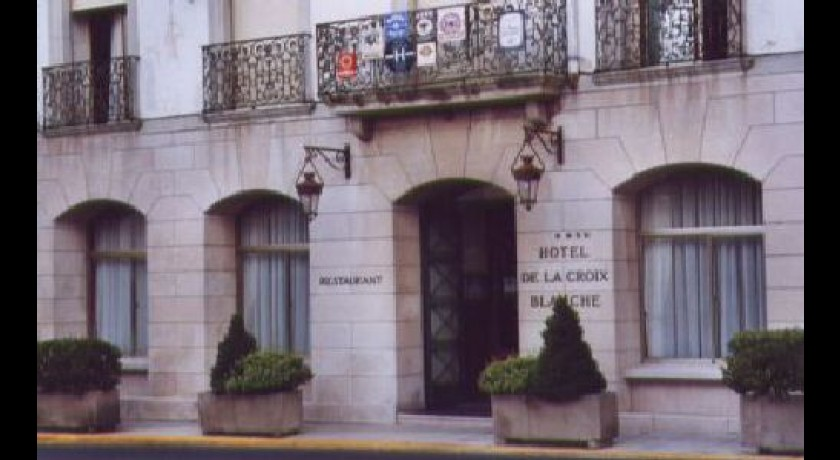 Hotel croix blanche lod ve for Garage la croix blanche