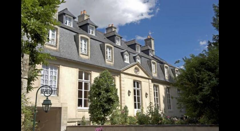 Hotel Chateau De Sully Bayeux
