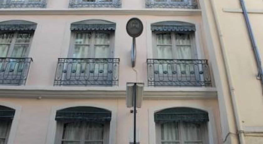 H tel moderne lyon for Apart hotel bretagne