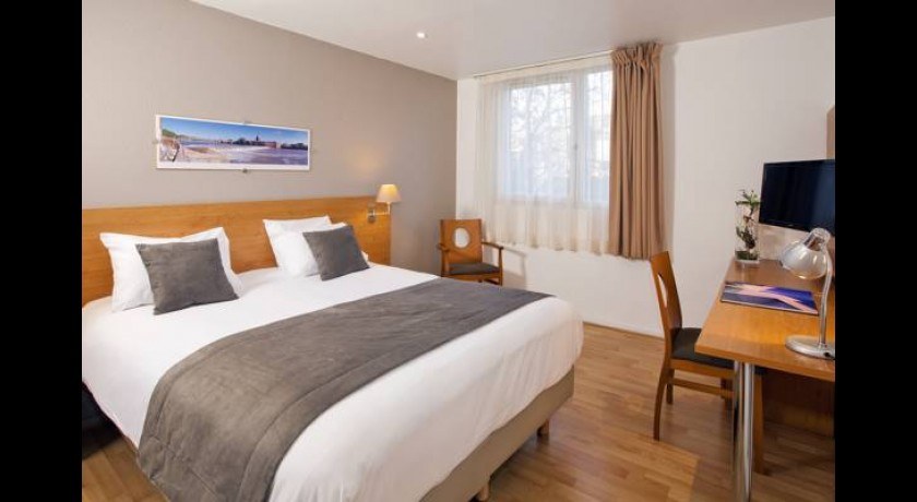 hotel de brienne toulouse. Black Bedroom Furniture Sets. Home Design Ideas