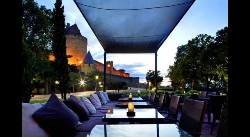 Hotel adonis carcassonne for Cash piscine carcassonne
