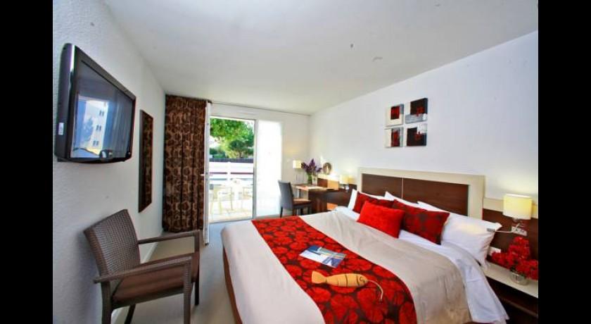 Hotel Le Lion DOr SaintGillesCroixDeVie
