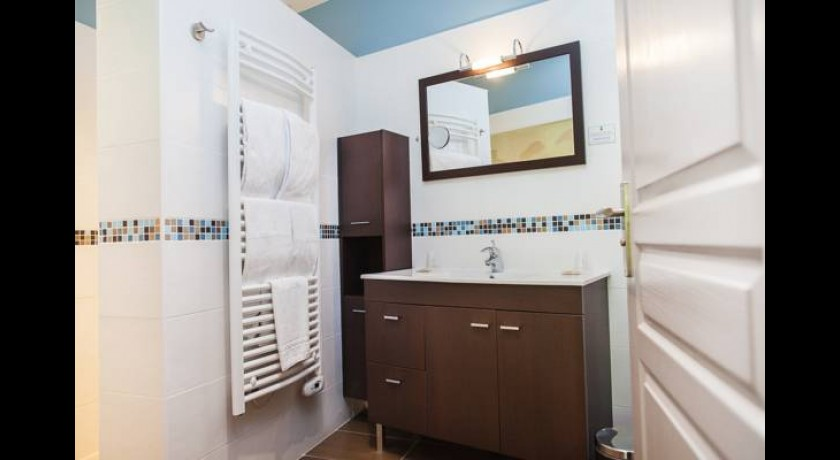 h tel juantorena saint etienne de ba gorry. Black Bedroom Furniture Sets. Home Design Ideas