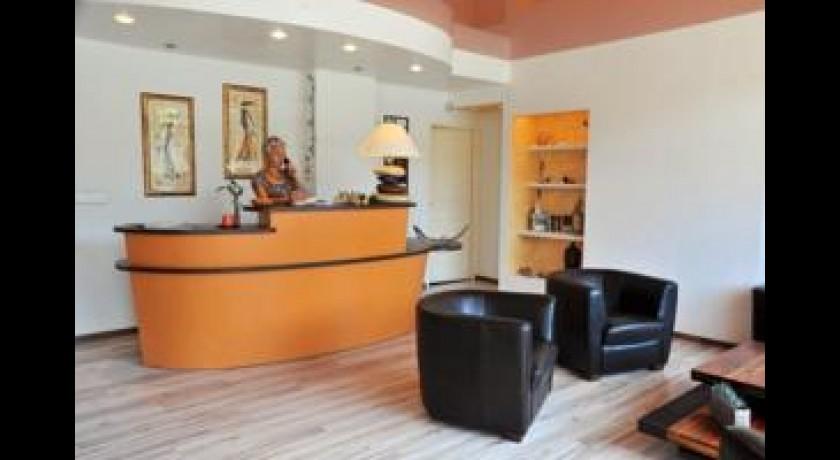 hotel rest auberge de la croix blanche beaurepaire en bresse. Black Bedroom Furniture Sets. Home Design Ideas