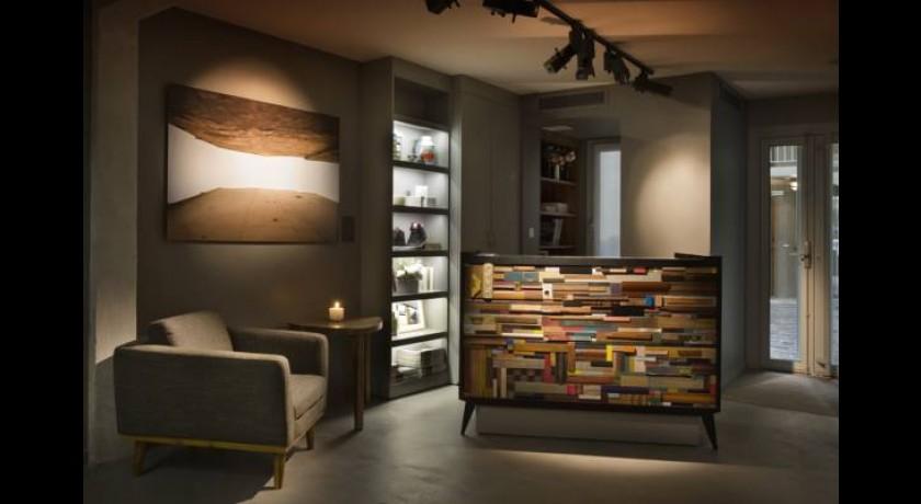 h tel jules jim paris. Black Bedroom Furniture Sets. Home Design Ideas