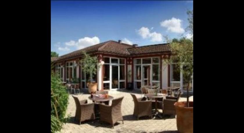 H tel restaurant mercure n mes for Hotels nimes