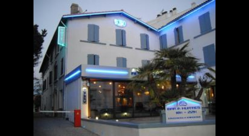 Hotel la chaumiere royan for Hotels royan