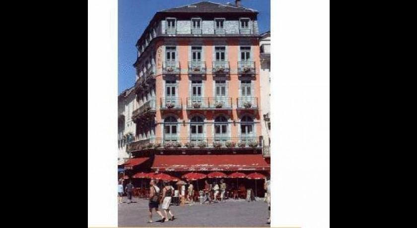 Hotel Asterides Et Sacca Cauterets # Le Bois Joli Cauterets