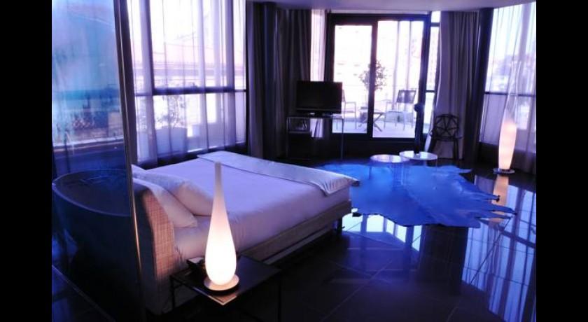 Tuyaux bains douches for Bain douche hotel paris