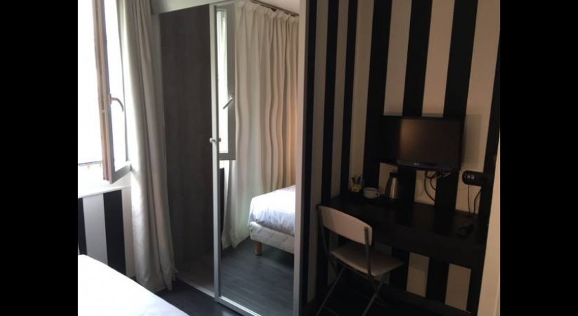 H tel moderne du temple paris for Hotel moderne paris