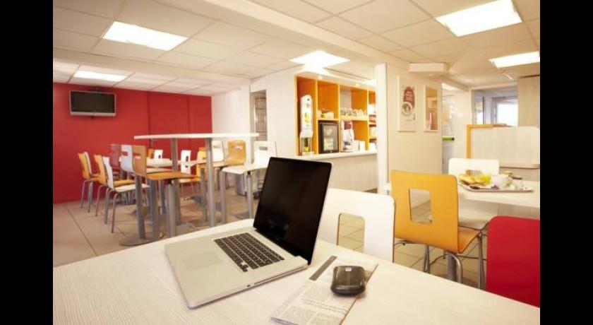 Etap H u00f4tel Sainte genevi u00e8ve des bois # Green Hotel Sainte Genevieve Des Bois