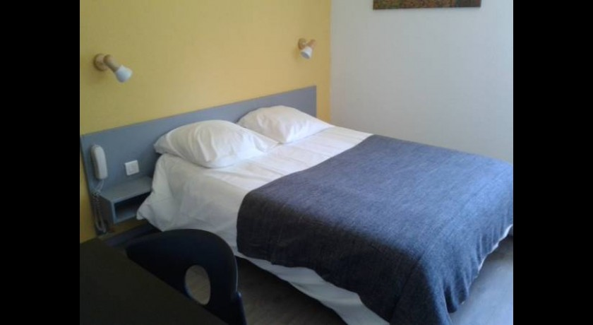 Hotel r sidence acadien salon de provence for B b hotel salon de provence