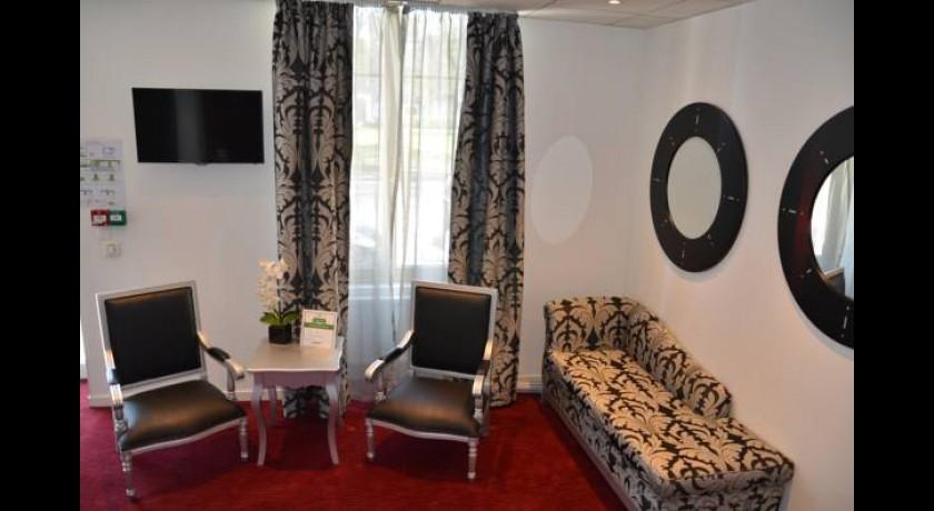 quality hotel orl ans centre. Black Bedroom Furniture Sets. Home Design Ideas