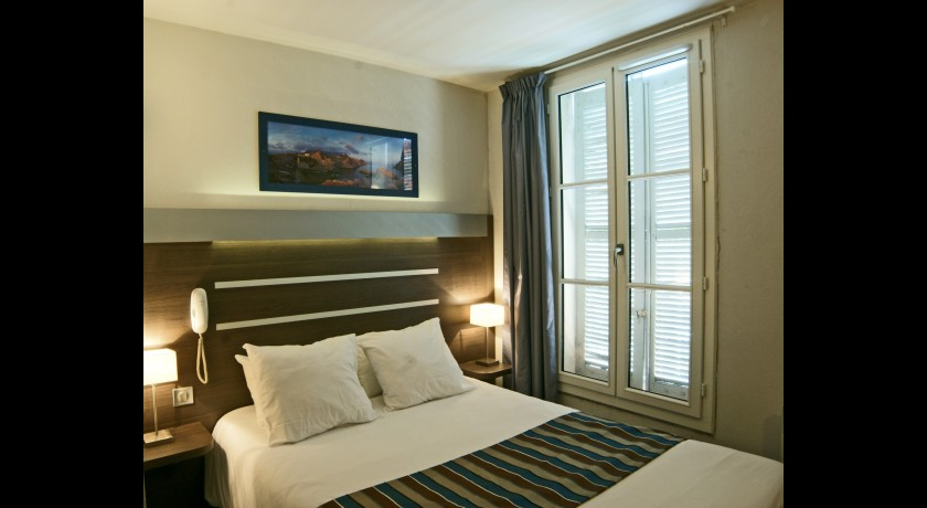 hotel holiday inn express marseille saint charles. Black Bedroom Furniture Sets. Home Design Ideas