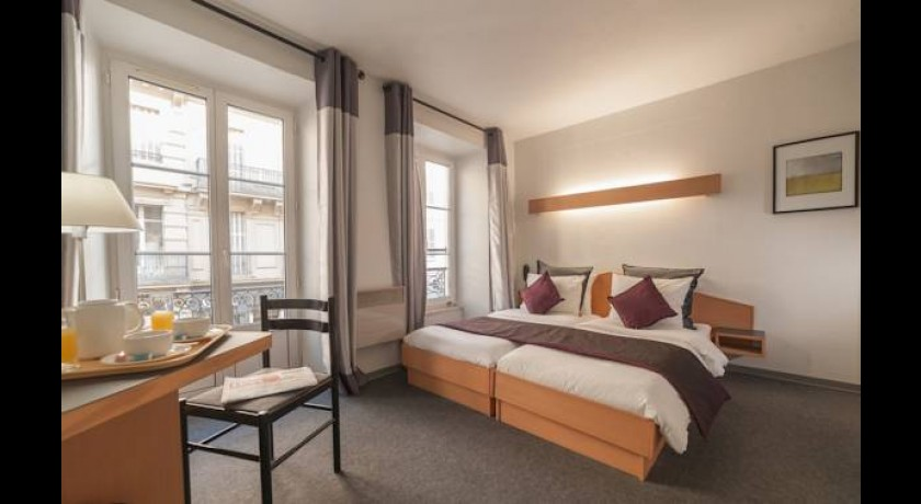 hotel mercure strasbourg quartier saint jean. Black Bedroom Furniture Sets. Home Design Ideas