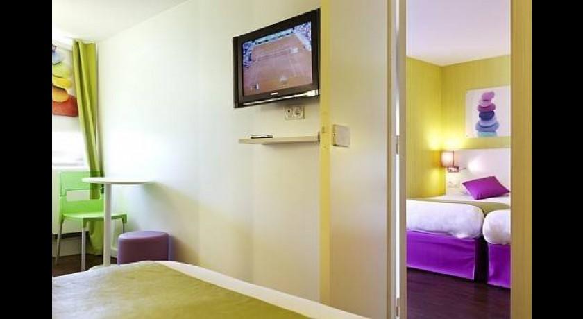 Hotel ibis budget porte de la chapelle paris - Ibis porte de clignancourt ...