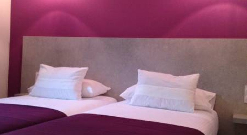 Hotel La Fontaine Mantry France
