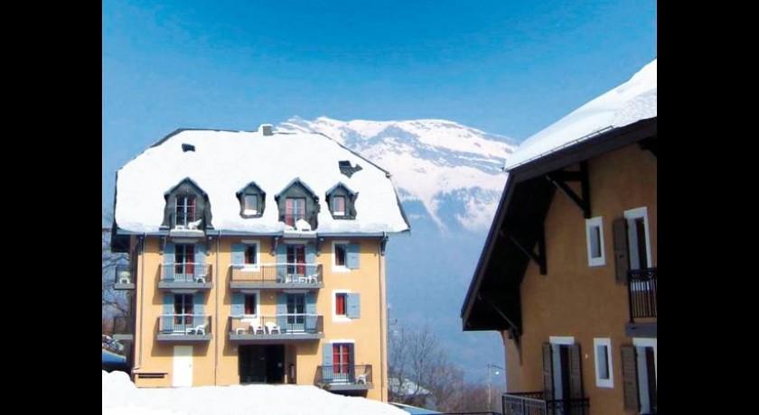 Hôtel Des Deux Gares Saint-gervais-les-bains