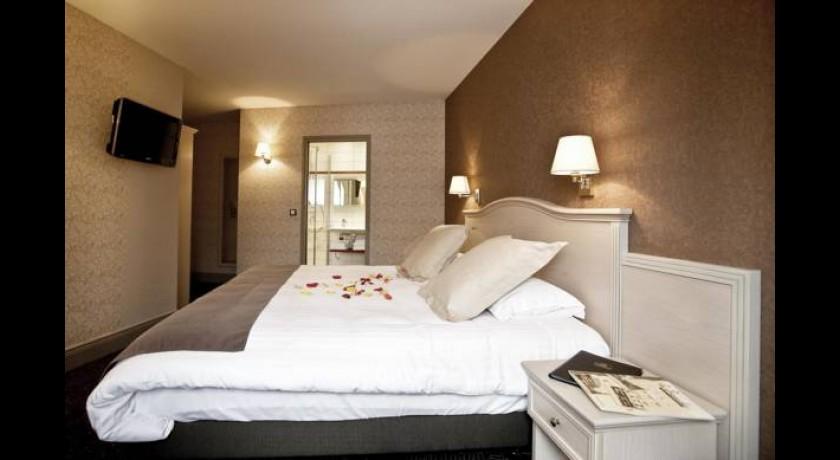 hotel au ch ne vert saint brieuc. Black Bedroom Furniture Sets. Home Design Ideas