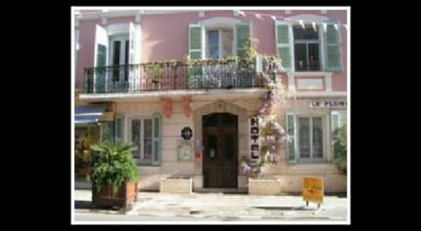 Hotel lagrange classic le lagon bleu fr jus for Hotels frejus