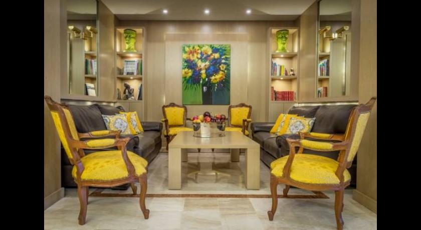 hotel cristal cannes. Black Bedroom Furniture Sets. Home Design Ideas