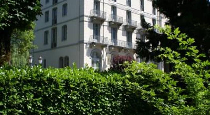 Hotel Lagrange Confort Les Pics D 39 Aran Bagn Res De Luchon