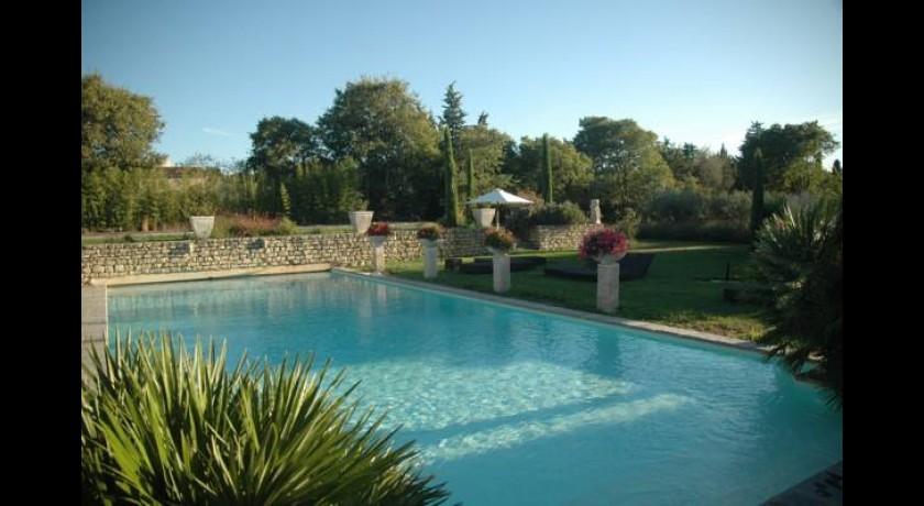 Hotel le castelet des alpilles saint r my de provence - Hotel le mas du soleil salon de provence ...