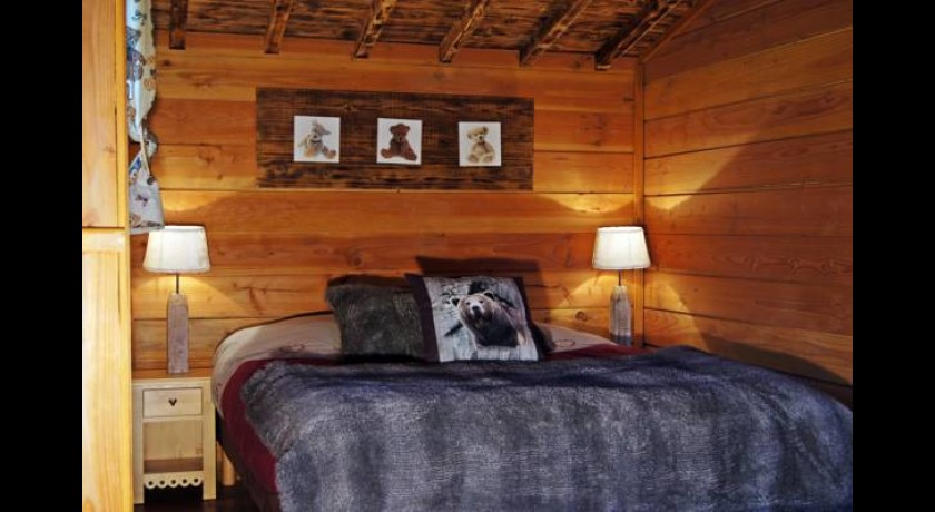 Hotel le refuge des 3 ours essuiles - Le refuge des 3 ours ...