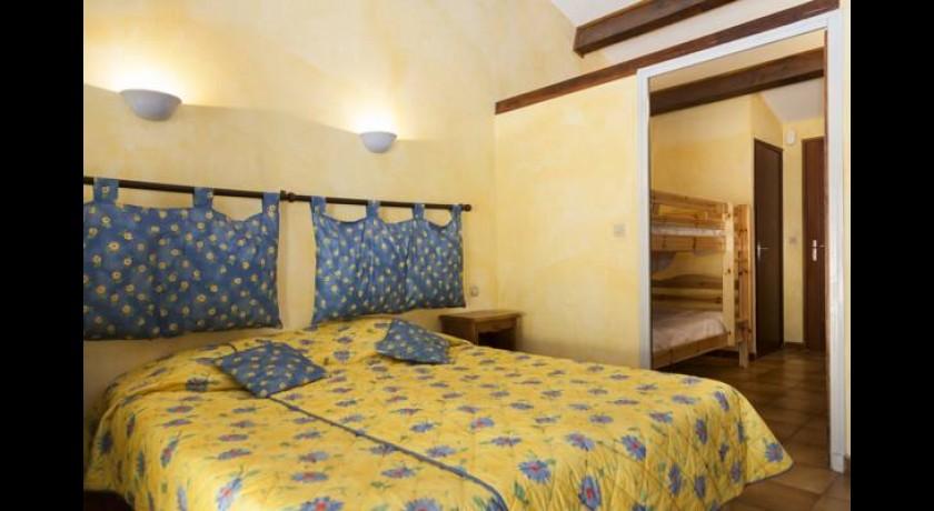 Hotel le mas du soleil salon de provence for Hotel regina salon de provence